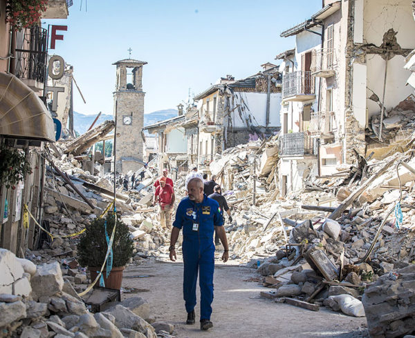 italy earthquake 3800